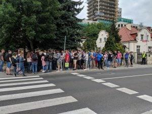 Queue at Krakow Consulate